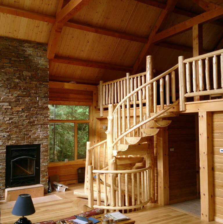LOG HOME STAIRCASE